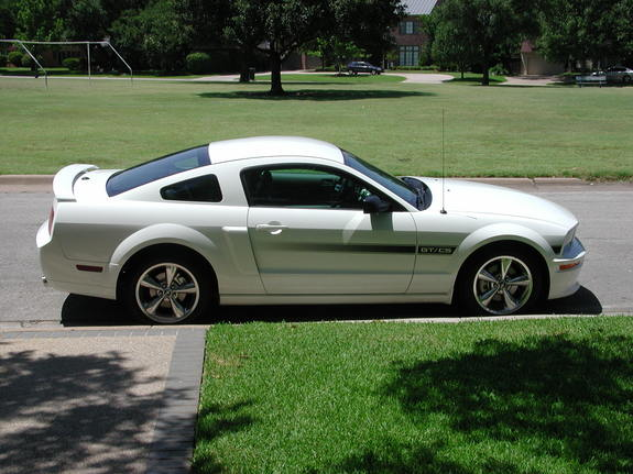 mrsirawesomeness 2008 ford mustang specs photos modification info at cardomain. Black Bedroom Furniture Sets. Home Design Ideas
