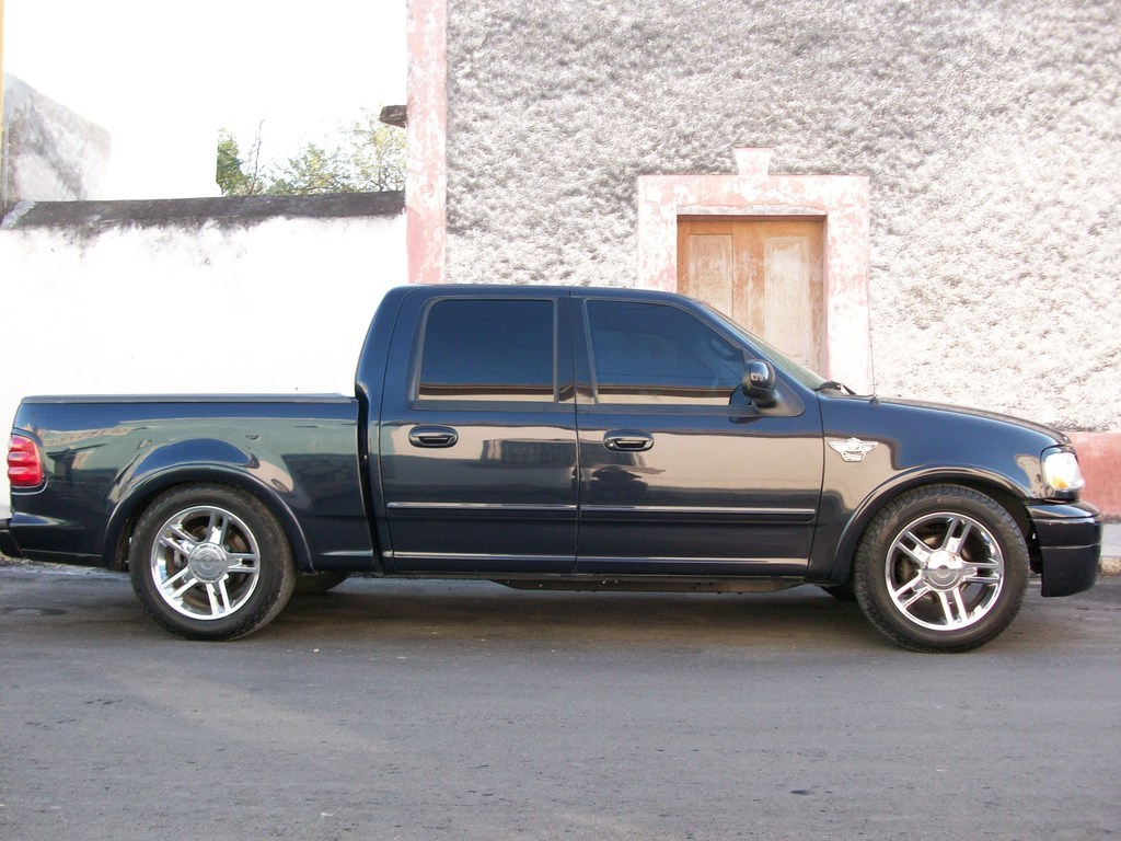 2001 F150 Supercrew >> HDoscarb01 2001 Ford F150 SuperCrew CabHarley-Davidson 4D