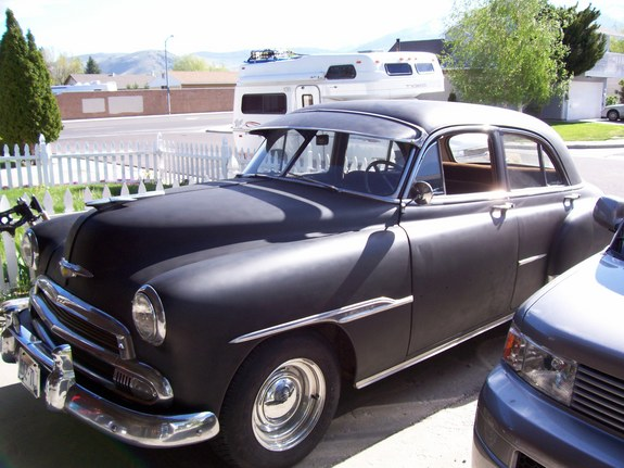 Gorgeous_Glen 1951 Chevrolet Master Deluxe