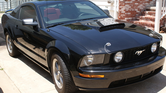 audio orphan 39 s 2006 ford mustang in sand springs ok. Black Bedroom Furniture Sets. Home Design Ideas