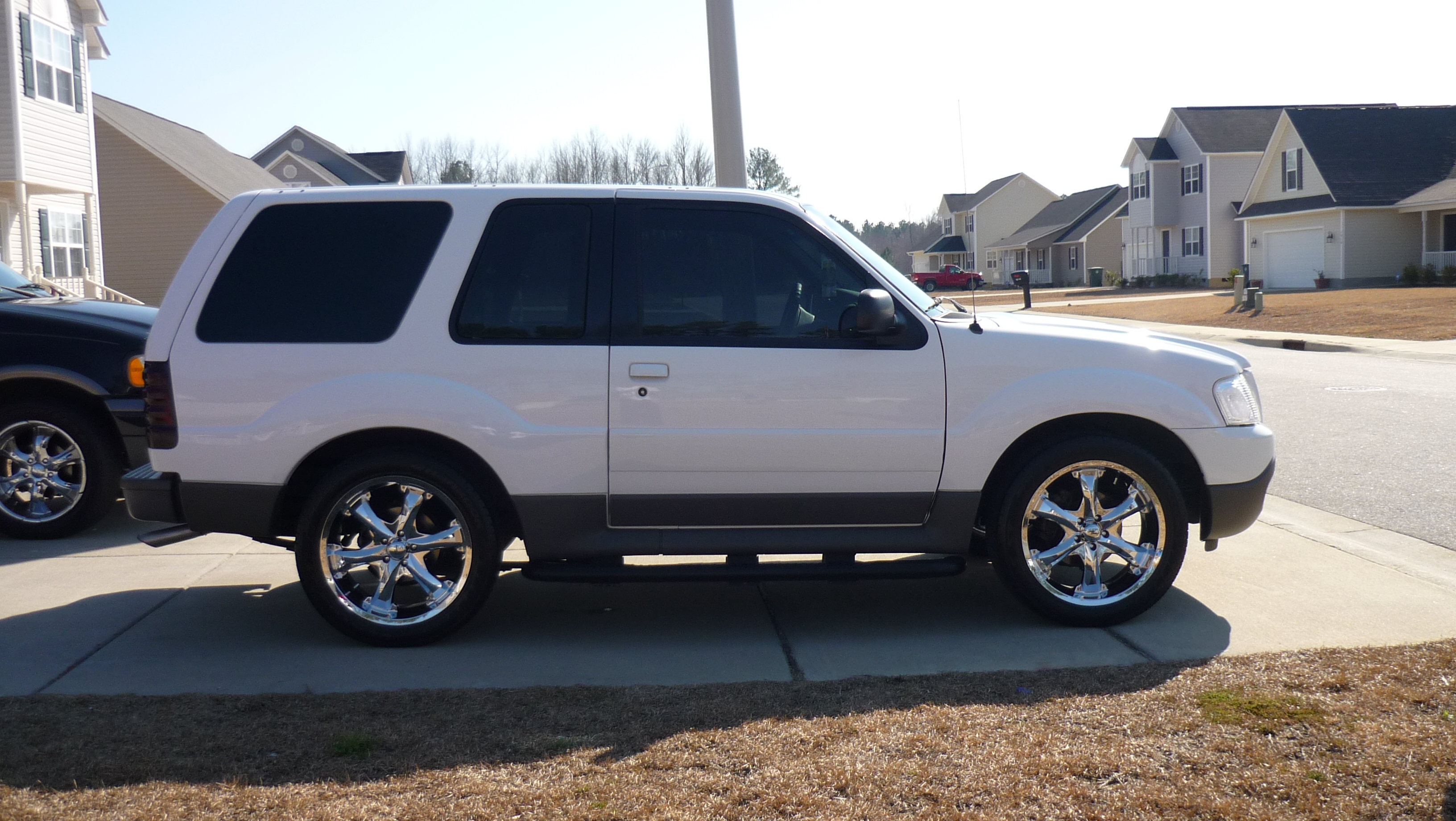 Another MyX-Girl 2002 Ford Explorer Sport post... - 11674960