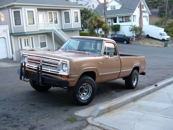 1972 Dodge Power Wagon