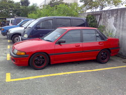 liee_27 1992 Ford Laser