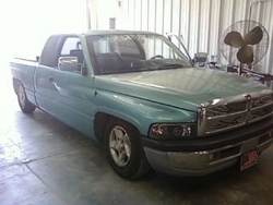 Medium on 2002 Dodge Dakota Regular Cab