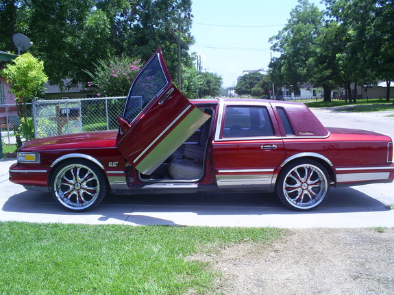 Rigo979 1995 Lincoln Town Car Specs Photos Modification Info At