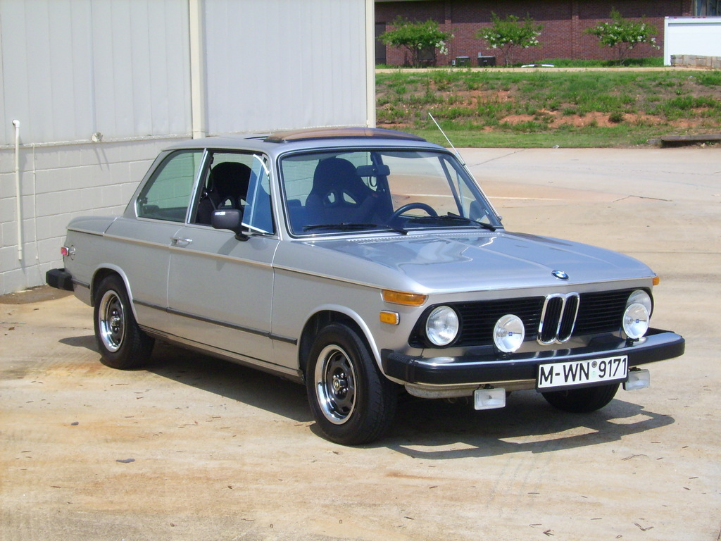 jrmonti114 1976 bmw 2002 specs photos modification info at cardomain. Black Bedroom Furniture Sets. Home Design Ideas