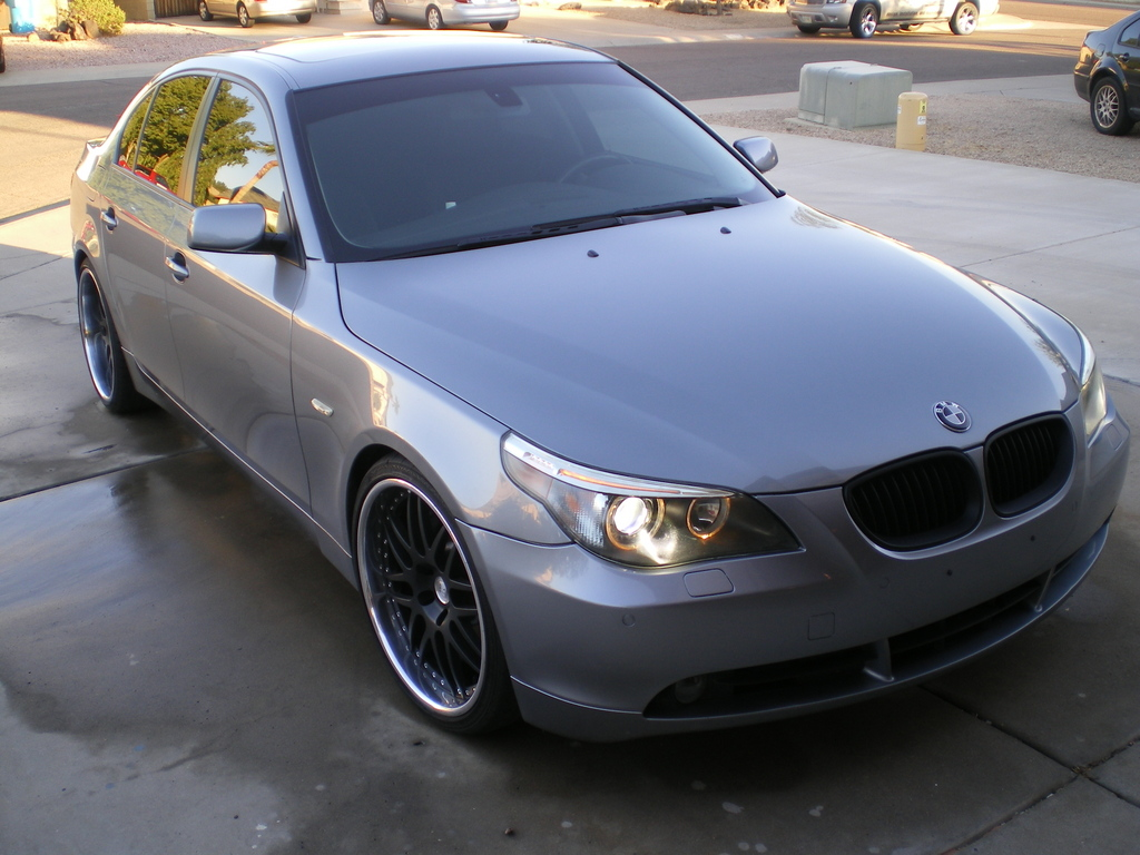 6ownzu 2004 BMW 5 Series