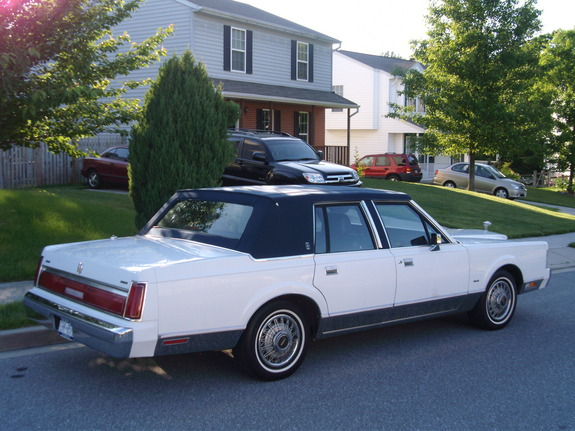 Paulwatts 1986 Lincoln Town Car Specs  Photos  Modification Info At Cardomain