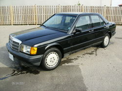mintbenz101s 1984 Mercedes-Benz 190-Class