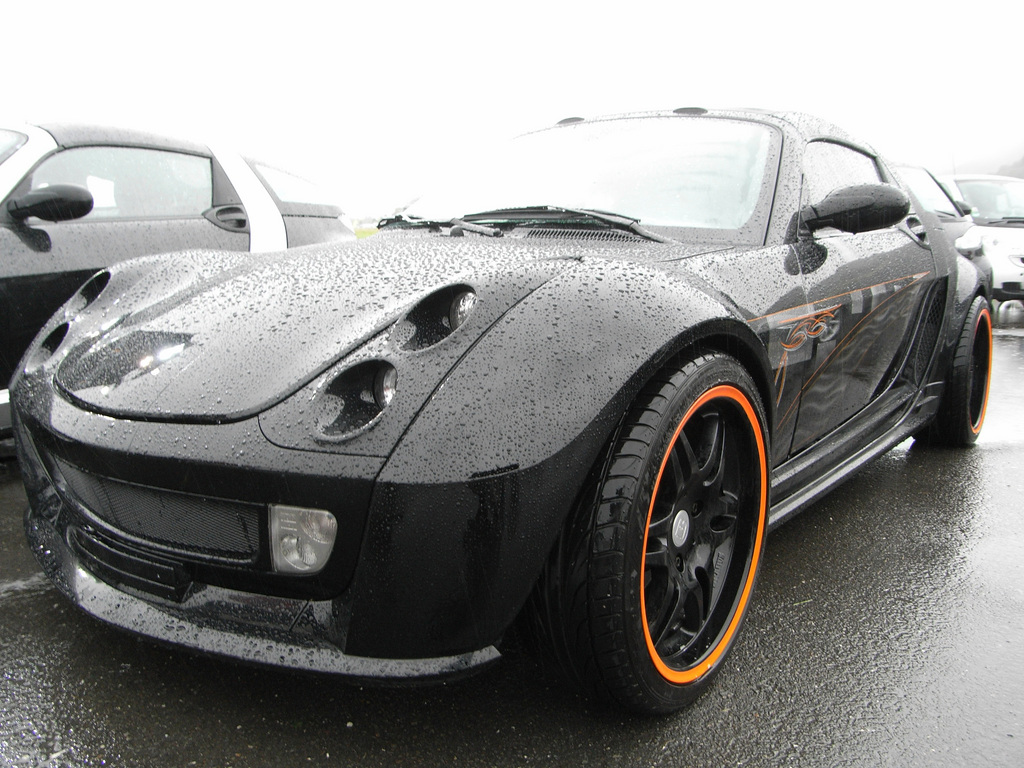 outcast 2004 smart roadster specs photos modification info at cardomain. Black Bedroom Furniture Sets. Home Design Ideas