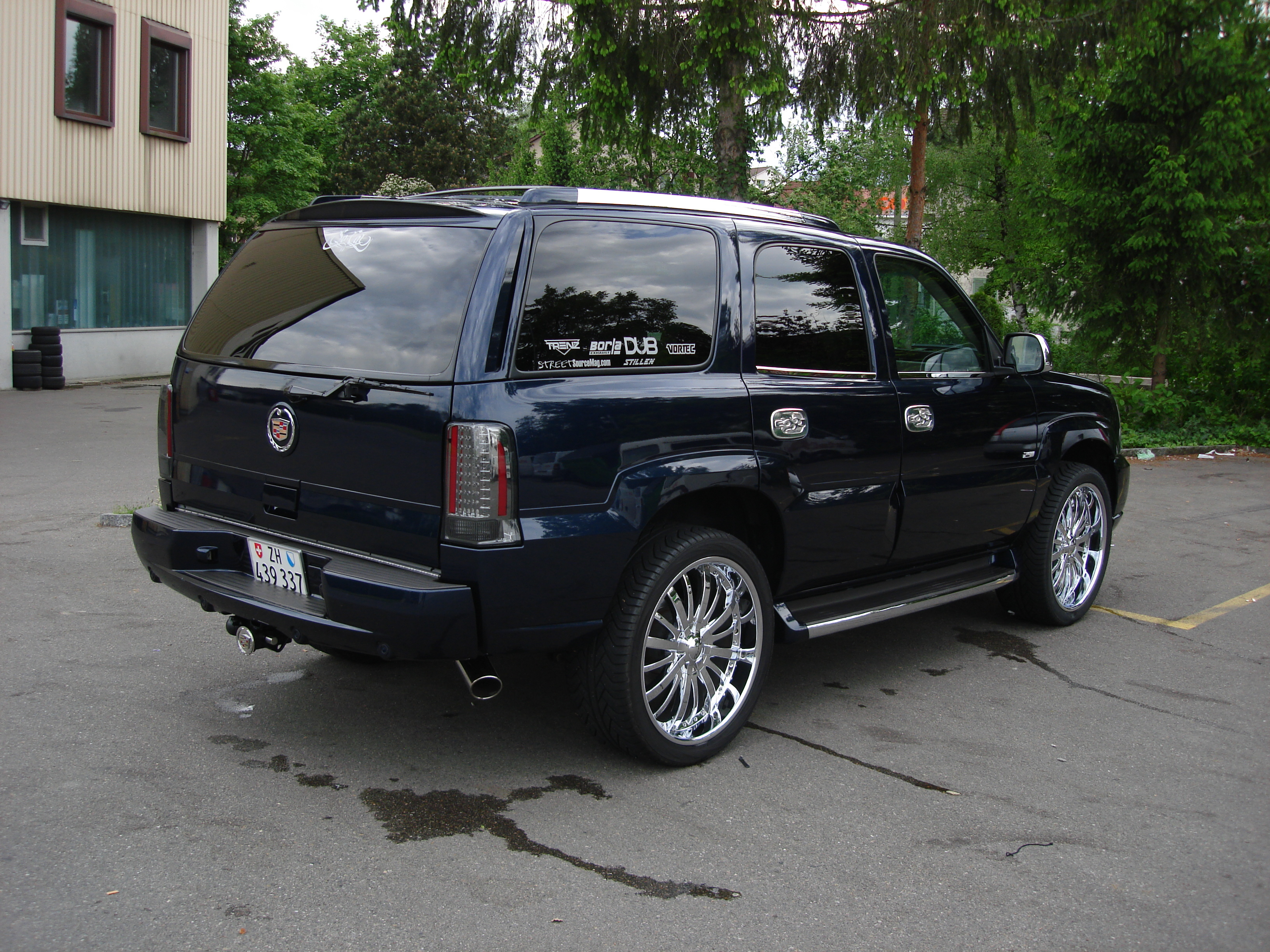 escalade in cadillac interior photo brown we accessories customs of carpet see the can that stock highlights molding img to you here first replaced findlay some match runs upgrades throughout