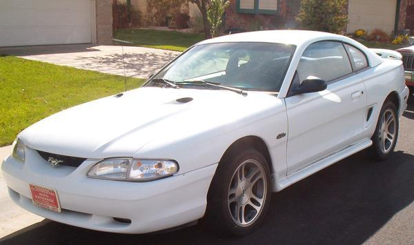 twoeightyoneci 1997 Ford Mustang 11711335