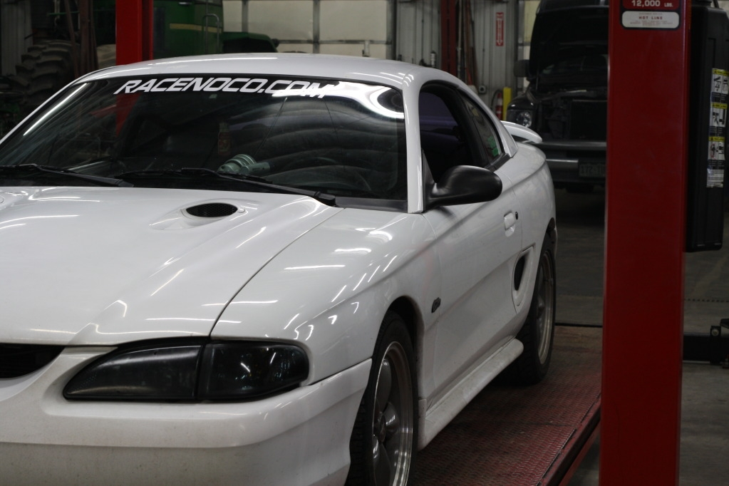 twoeightyoneci 1997 Ford Mustang 11711366