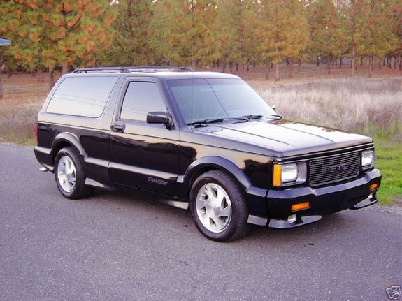 Gmc Typhoon Creepazoid2's 1989 gmc typhoon