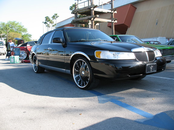 813lowrider 2001 lincoln town car specs photos. Black Bedroom Furniture Sets. Home Design Ideas
