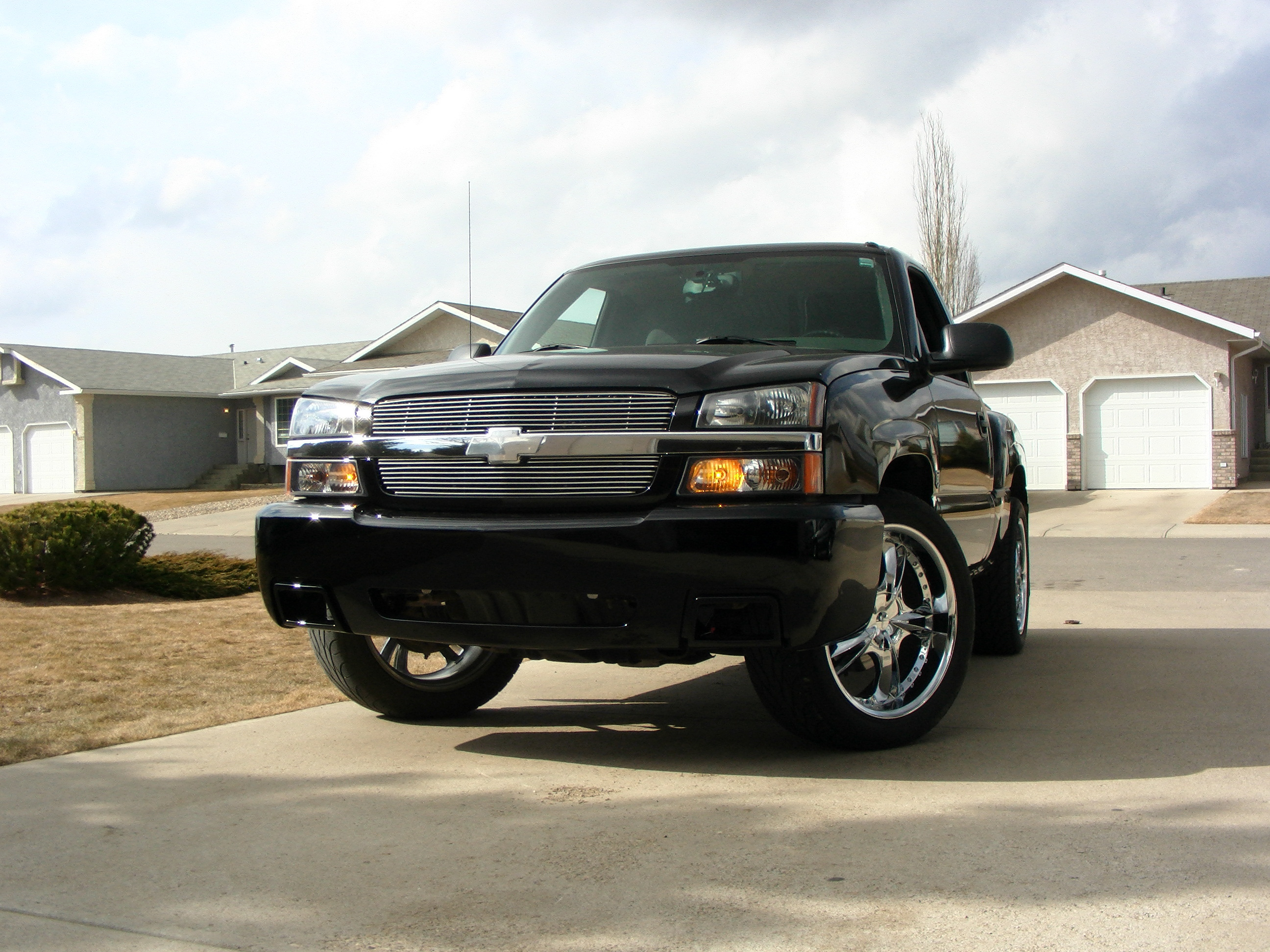 huisman 2005 chevrolet silverado 1500 regular cab specs photos modification info at cardomain. Black Bedroom Furniture Sets. Home Design Ideas