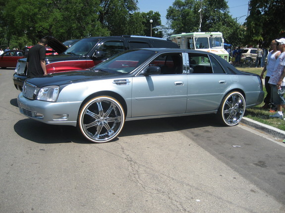 CHITOWNSILLEST 2003 Cadillac DTS