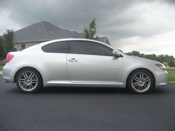 eurobarbie's 2006 Scion tC