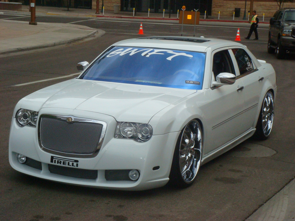 snowhyte 2007 chrysler 300 specs photos modification. Black Bedroom Furniture Sets. Home Design Ideas