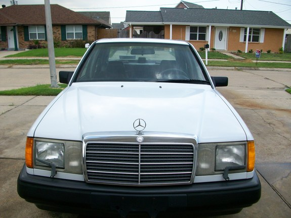 skelotor 1988 Mercedes-Benz 300E Specs, Photos, Modification Info at