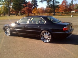 Caliscrizle 2001 BMW 7 Series
