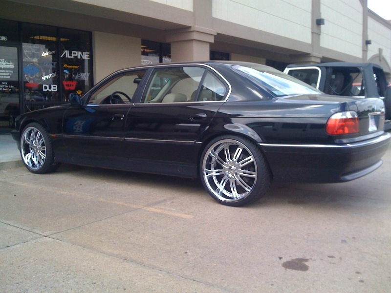 Another Caliscrizle 2001 BMW 7 Series post... - 12139097