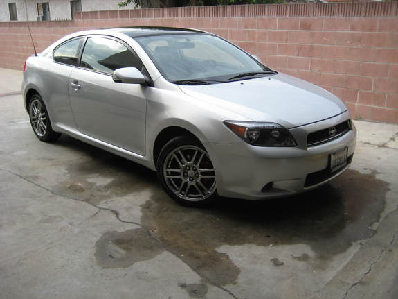 05silvertc 2005 Scion tC 11777652