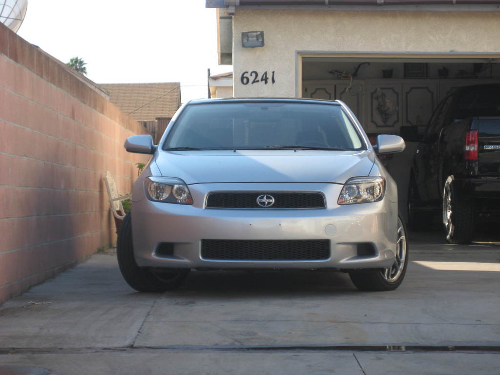 05silvertc 2005 Scion tC 11777660