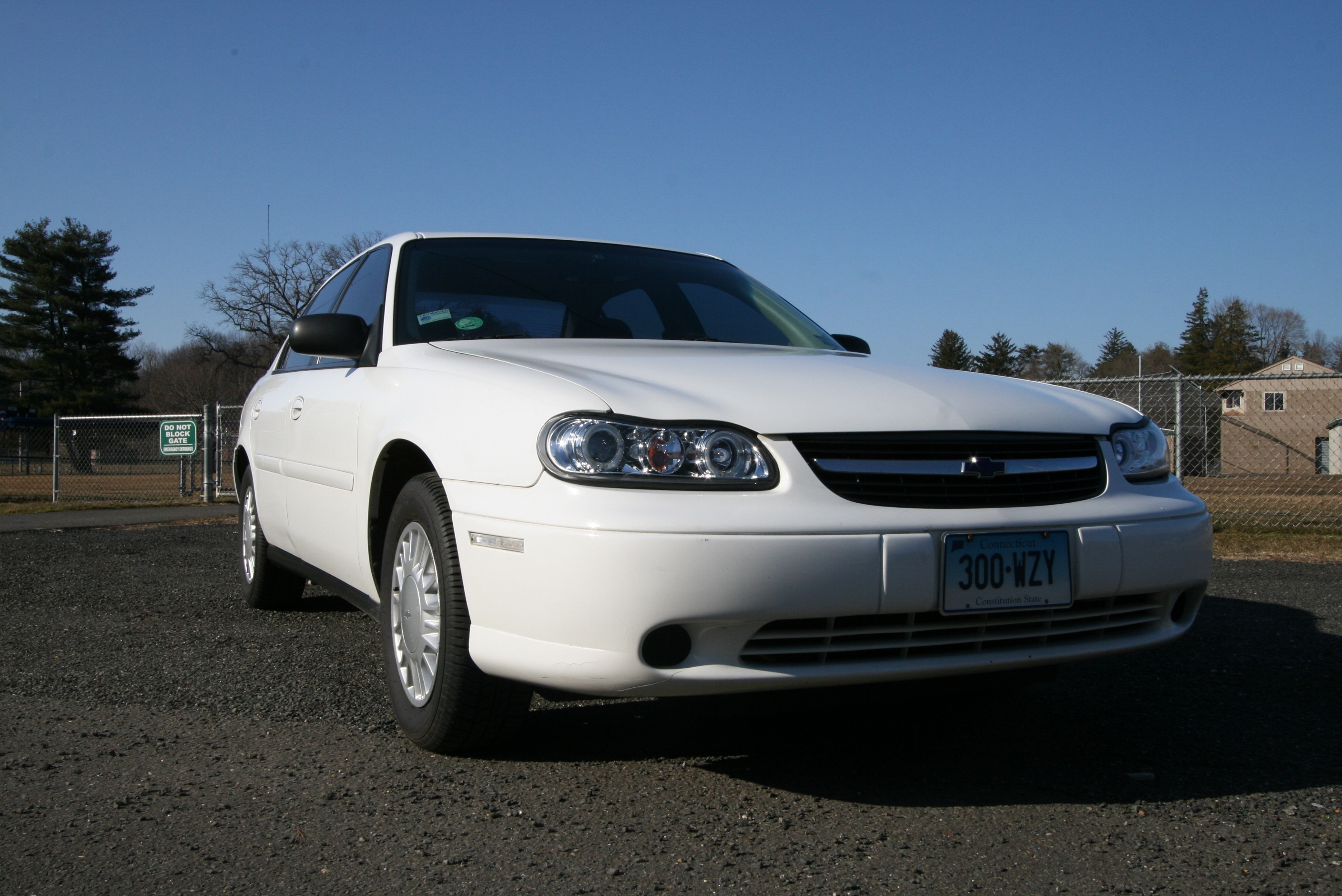 ram angel 39 s 2001 chevrolet malibu in trumbull ct. Black Bedroom Furniture Sets. Home Design Ideas