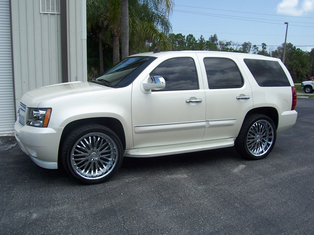 whitehoe15 2008 chevrolet tahoe specs photos. Black Bedroom Furniture Sets. Home Design Ideas