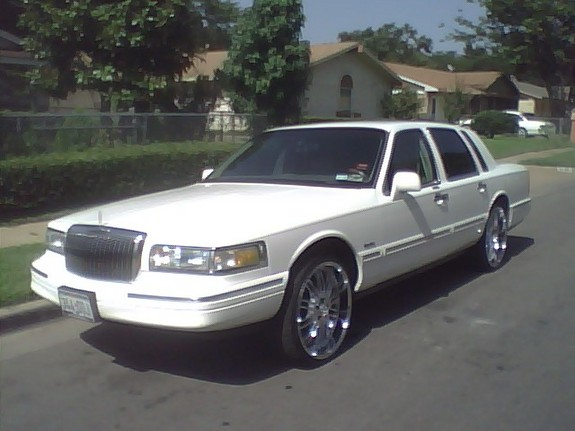 Youngmoney 23jr 1997 Lincoln Town Car Specs Photos Modification