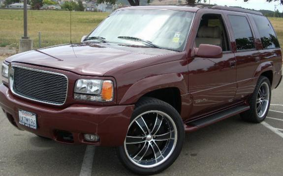 BimmerM3IS's 2000 GMC Yukon Denali