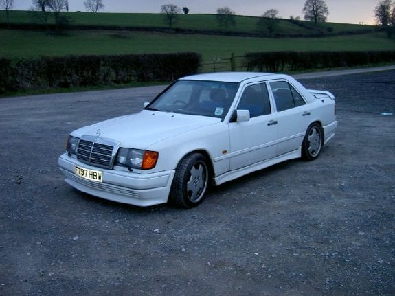jaw323 1988 Mercedes-Benz 300E Specs, Photos, Modification Info at
