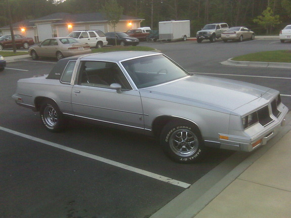 Another thecuthroatnc 1986 Oldsmobile Cutlass Salon post... - 11786114