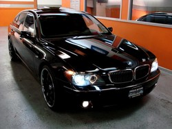 J-Weezs 2006 BMW 7 Series