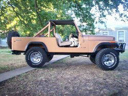 WHEELIN_CJ8s 1984 Jeep CJ8 Scrambler