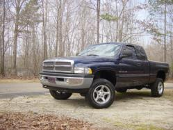 whiteboy2354 2000 Dodge Ram 1500 Club Cab