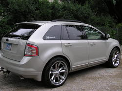 Mapi custom car audio 2008 Ford Edge