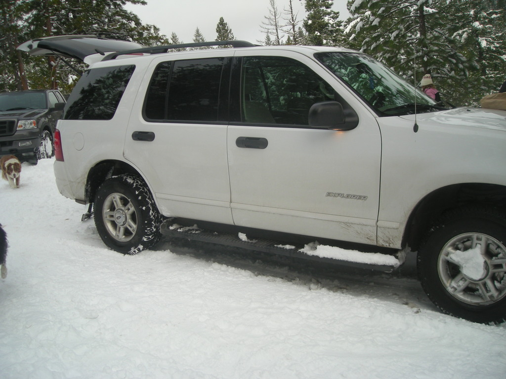 helmsa 2004 Ford Explorer 11811010