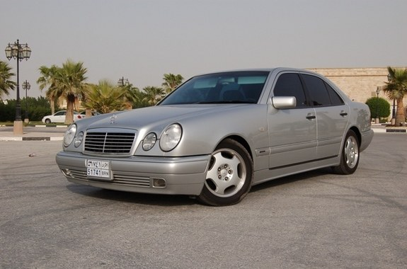 Rezzz320 39 s 1997 mercedes benz e class in budaiya for 1997 mercedes benz e class