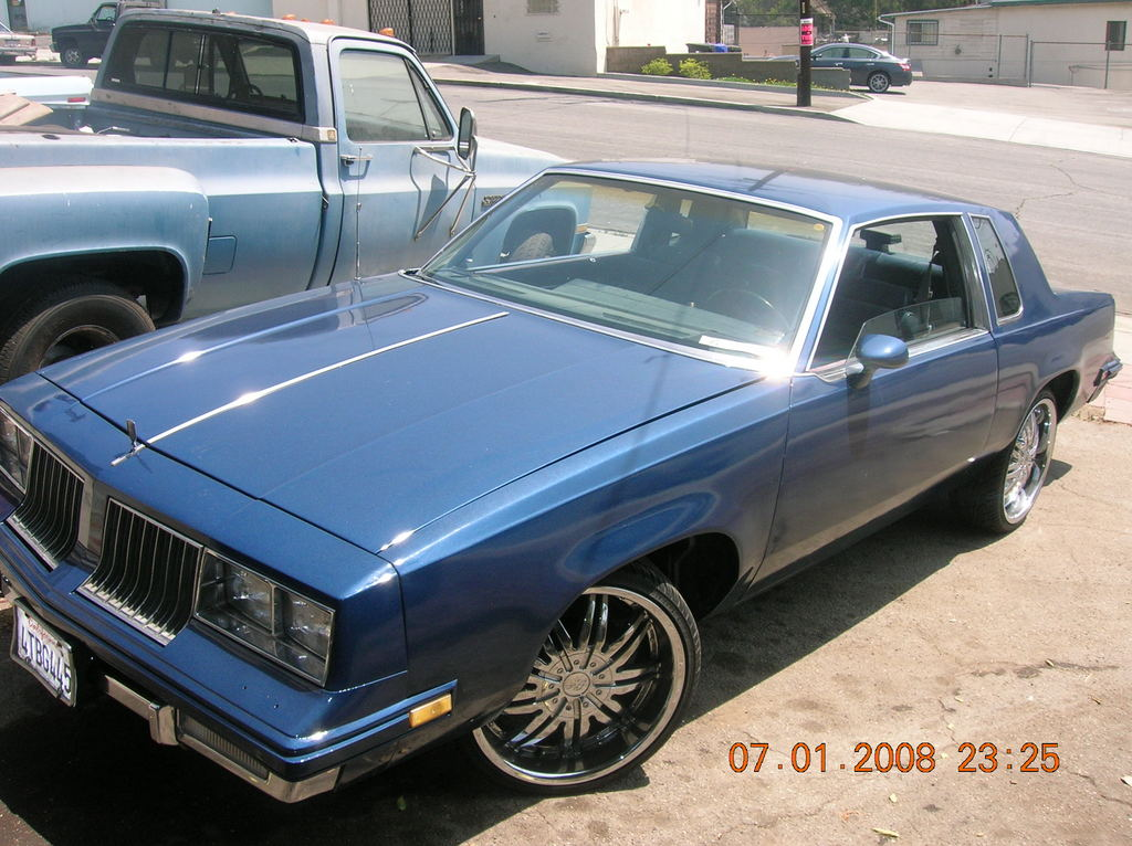 Urdadddy56r 39 s 1986 oldsmobile cutlass in westlos ca for 1986 oldsmobile cutlass salon