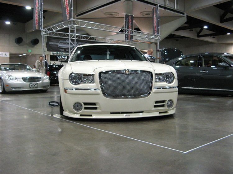 Another 300LiMiTeD 2006 Chrysler 300 post... - 11850083