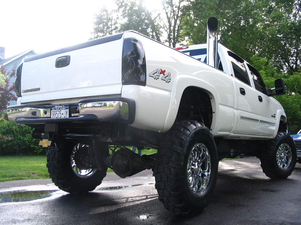Chevy Trucks Lifted With Stacks Chevy Duramax With Sta...