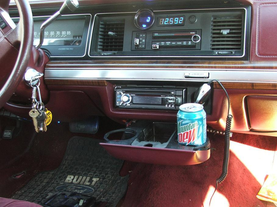 ford50only50 1991 Ford LTD Crown Victoria 9443921