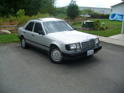 russiae300s 1988 Mercedes-Benz 300E