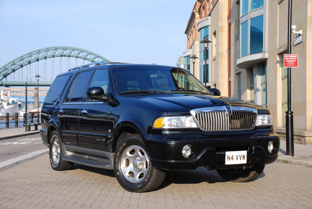 Cloudcukoo 2001 Lincoln Navigator Specs Photos Modification Info At Cardomain