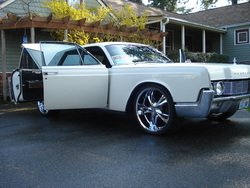 Henry1523 1967 Lincoln Continental