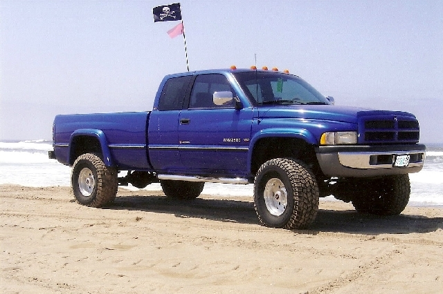 97ramv10 1997 dodge ram 2500 regular cablong bed specs photos modification info at cardomain. Black Bedroom Furniture Sets. Home Design Ideas