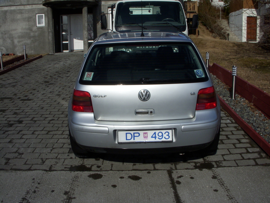 Another ZiGGijE 2001 Volkswagen Golf post... - 11884106