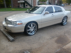 hammondlamikes 2003 Lincoln Town Car